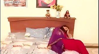 0141581983 Desi Bhabhi Fucked By Servant In Bedroom